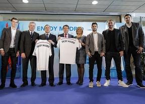 Presentación de la campaña 'Enjoy Madrid' en el estadio Santiago Bernabéu