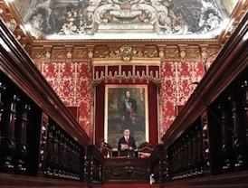 Gallardón delega la presidencia del Pleno en Paz González