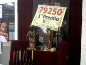 Los loteros de Alcorcón intentan repetir suerte en el sorteo del 'Niño'