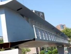 La pasarela de la discordia estará terminada a principios de 2010