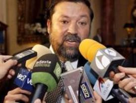 Caamaño dice que Bárcenas ha de estar a la altura de las circunstancias como senador