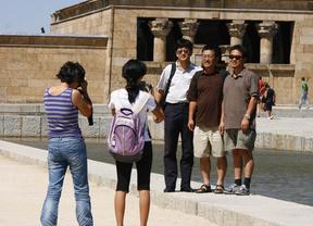 Madrid 'busca culpables' de la caída del turismo
