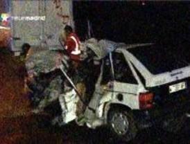 Fallece un presunto kamikaze tras chocar su coche con una furgoneta en la M-501