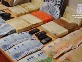 Cuatro detenidos tras ser sorprendidos con 9 kilos de cocaína en su coche