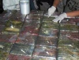 Detenidos doce miembros de una banda que introducía y procesaba cocaína