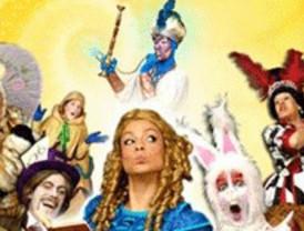 ¿Quieres ver el musical Alicia en el País de las Maravillas? Envíanos tus fotos