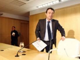 El PP aplaza su decisión sobre la sanción a Cobo por los ataques a Aguirre