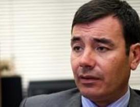 Gómez acusa a Aguirre de 'engañar' a los madrileños