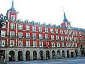 Gallardón negociará la construcción de un hotel privado en la Plaza Mayor