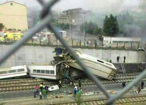 Tragedia en Santiago de Compostela: 77 muertos al descarrilar el tren Madrid-Ferrol