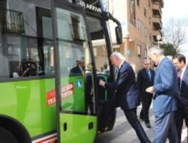 Móstoles estrenará dos líneas de autobús para dar servicio a Manuela Malasaña y Móstoles Tecnológico