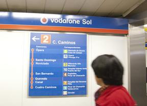 La Línea 'roja' de Metro se transforma en la 'Línea 2 Vodafone'