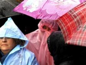 La procesión de Jesús Nazareno 'El Pobre' retrasa su salida
