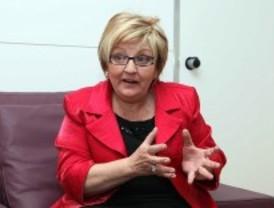 Cospedal ficha a la directora de la Agencia del Menor Infractor para su nuevo gobierno