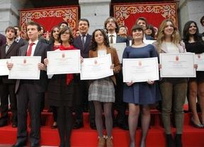 Madrid premia a 77 estudiantes por su excelencia