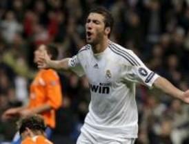 1-0. El Real Madrid roza los octavos sin brillantez