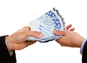 Mini préstamos, esencia de la India en nuestras finanzas en crisis -De Nueva Delhi a Madrid