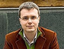 El escritor madrileño Gómez-Jurado, premio Ciudad de Torrevieja