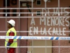 Desalojan a siete familias en Vallecas