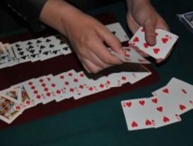 La Comunidad sugiere habilitar espacios para fumar en casinos