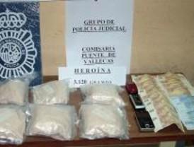 La Policía detiene a tres supuestos narcotraficantes con un millón de euros en heroína