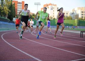 El Ayuntamiento abrirá tres polideportivos en 2014