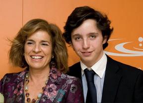 El 'pequeño Nicolás' junto a Ana Botella