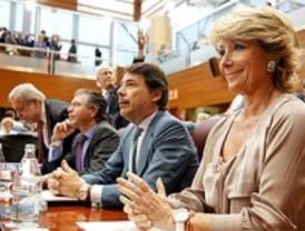Aguirre propone reducir el Estado para redistribuir competencias y gastar menos
