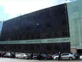 El edificio de Mejía Lequerica acoge una escuela de arte dramático, una guardería y un albergue juvenil