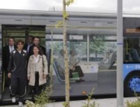 La EMT activa un servicio especial de autobuses entre Legazpi y la Caja Mágica