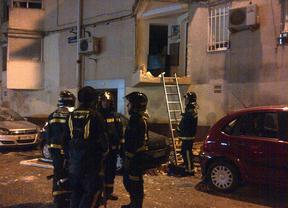 La explosión de un aerosol de gas causa daños en dos viviendas de Villaverde