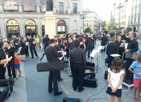 La música clama en la calle contra el IVA cultural