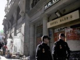 La Policía desaloja el okupado Hotel Madrid