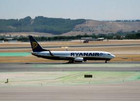 Los trabajadores de tierra de Ryanair convocan huelga indefinida en Madrid