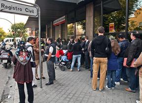 Trabajadores de los registros civiles se manifiestan contra la privatización
