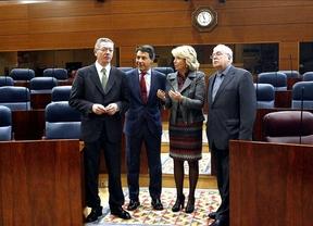 Aguirre y Gallardón apuestan por una reforma electoral, y Leguina apunta a los partidos