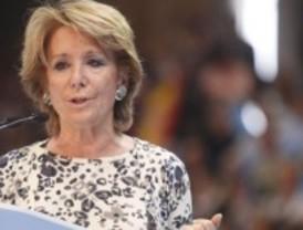 Aguirre estudia adelgazar más la Administración regional