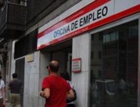 Saturadas las oficinas del INEM en demanda de información sobre los 420 euros