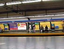 Suspendido el servicio en la línea 4 de Metro durante 15 minutos por una avería