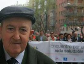 Cerca de 5.000 mayores participan en una marcha por una vida saludable