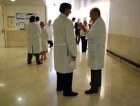 Los médicos piden aplazar la supresión de las entidades colaboradoras en Sanidad