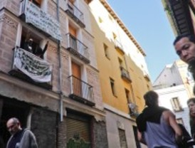 'Okupado' un edificio en la calle Tres Peces