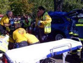 Herido muy grave un varón tras colisionar su turismo contra un árbol
