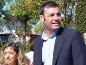 Tomás Gómez tensa la cuerda con Ferraz retando a Trinidad Jiménez a un cara a cara