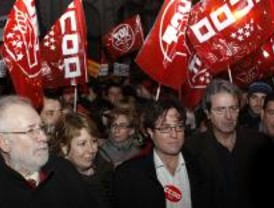 Centenares de manifestantes contra los recortes de Aguirre a la universidad pública