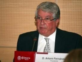 Arturo Fernández, preocupado por el cierre de empresas