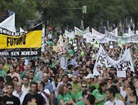 Manifestación masiva por la educación pública