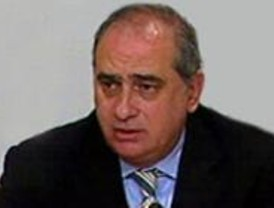 El PP recela de la oferta de punto final de Rubalcaba