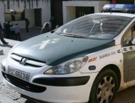 Detenidos dos ladrones que desvalijaron 21 coches en centros comerciales