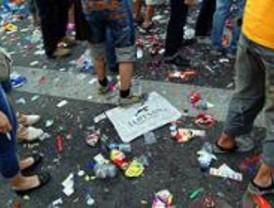 El Ayuntamiento recoge 130.000 kilos de basura tras la fiesta del Orgullo Gay